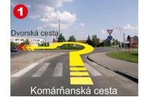 1 - odbočka z Komárňanskej na Dvorskú cez kruhový objazd